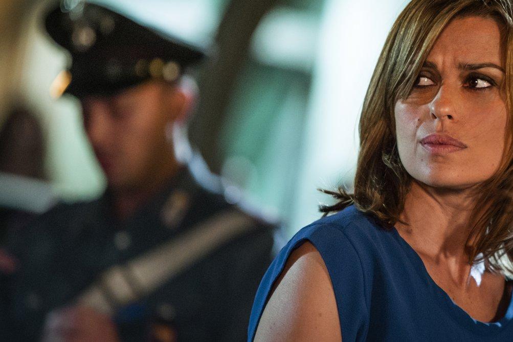 Romanzo siciliano: Claudia Pandolfi interpreta il procuratore Emma La Torred