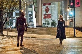 The Flash 2: Katie Cassidy si confronta con Grant Gustin