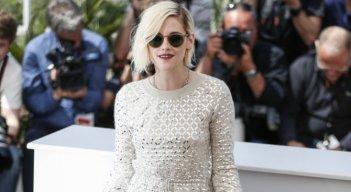 Personal Shopper: Kristen Stewart al photocall di Cannes