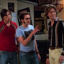 Josh Meyers con Ashton Kutcher in That '70 Show
