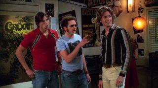 Josh Meyers con Ashton Kutcher in That '70 Show