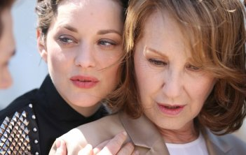 It's Only the End of the World: Marion Cotillard e Nathalie Baye a Cannes