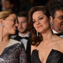 Cannes 2016: Uno scatto di Léa Seydoux e Marion Cotillard sul red carpet di Juste la Fin du Monde