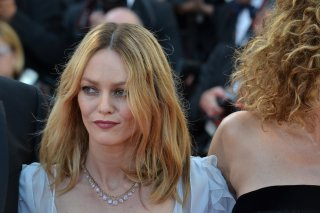 Cannes 2016: Vanessa Paradis sul red carpet di The last Face