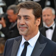 Cannes 2016: un sorridente Javier Bardem sul red carpet di The last Face