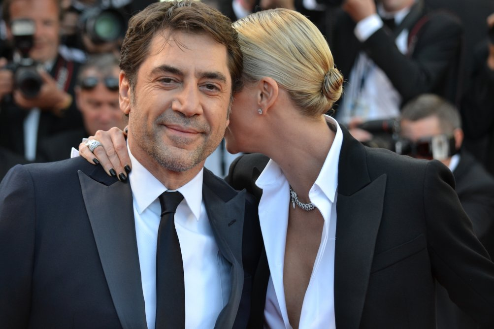 Cannes 2016: Charlize Theron e Javier Bardem sul red carpet di The last Face