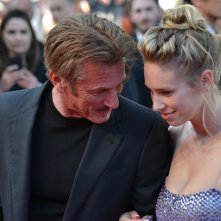 Cannes 2016: uno scatto di Sean Penn sul red carpet di The last Face