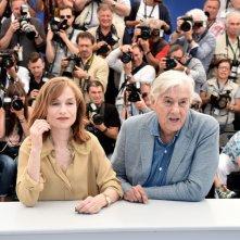 Elle: Isabelle Huppert insieme a Paul Verhoeven per il photocall