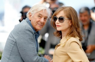Elle: Paul Verhoeven con Isabelle Huppert durate il photocall a Cannes 2016