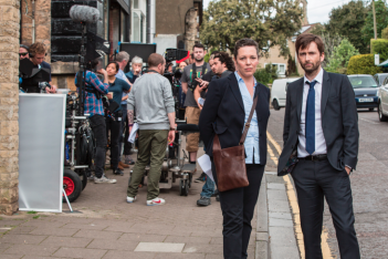 Broadchurch: Olivia Colman e David Tennant sul set