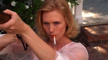 The Last Man on Earth: l'attrice January Jones in 30 Years of Science Down the Tubes