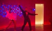 Ex Machina: la danza di Oscar Isaac funziona con ogni brano pop!