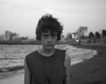 Güeros: Sebastián Aguirre in un momento del film