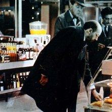 Play Time - Tempo di divertimento: Jacques Tati in una scena del suo film