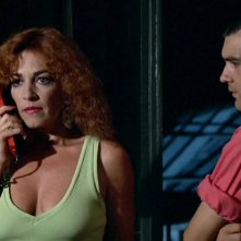 Carmen Maura e Antonio Banderas in La legge del desiderio