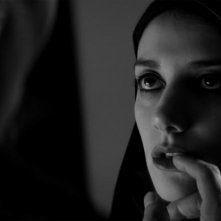 A Girl Walks Home Alone at Night: Sheila Vand in un'immagine del film