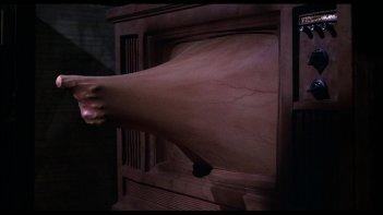 Videodrome, una scena del film di Cronenberg