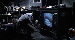 James Woods 'stregato' dalle labbra di Debbie Harry in Videodrome