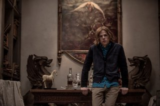 Batman v Superman: Dawn of Justice, Jesse Eisenberg in un'immagine tratta dal film di Zack Snyder