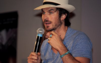 "The Vampire Diaries, Ian Somerhalder: ""Chris Wood bacia molto meglio di James Van Der Beek"""