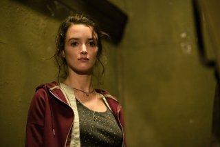Bastille Day: Charlotte Le Bon in una scena del film
