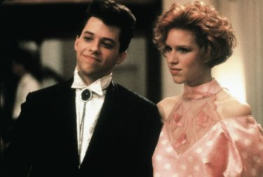 Bella in rosa: Molly Ringwald e Jon Cryer in una scena
