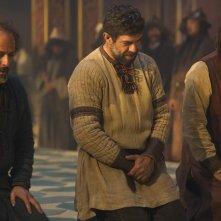 Marco Polo: Pierfrancesco Favino, Corrado Invernizzi, Lorenzo Richelmy durante una scena della serie