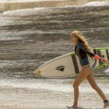 Paradise Beach - Dentro l'incubo: Blake Lively in un'inquadratura del film