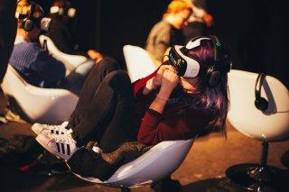 images/2016/06/15/virtual_reality_cinema2.jpg