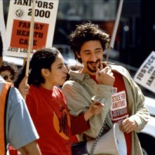 Bread and Roses: Pilar Padilla e Adrien Brody in una scena