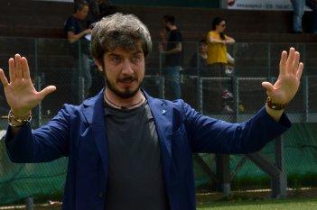 I babysitter: Paolo Ruffini scherza con i fotografi