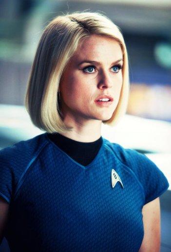 Star Trek Into Darkness: Alice Eve in una scena