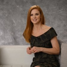 Suits: Sarah Rafferty in una scena