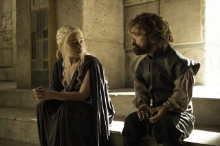Il Trono di Spade: Emilia Clarke e Peter Dinklage in una foto di The Winds of Winter