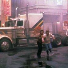 Grosso guaio a Chinatown: Kurt Russell e Dennis Dun in un momento del film