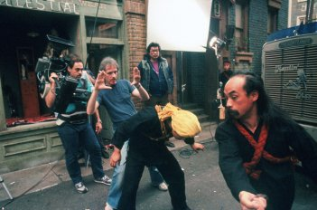 images/2016/06/25/behind-the-scenes-of-john-carpenters-big-trouble-in-little-china-4.jpg