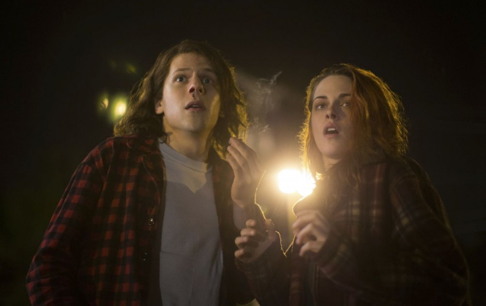 American Ultra: Kristen Stewart e Jesse Eisenberg sembrano spaventati