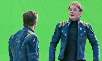 Star Trek Beyond: Chris Pine e Anton Yelchin sul set