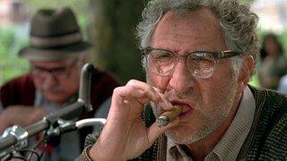 Independence Day: Judd Hirsch in una scena del film