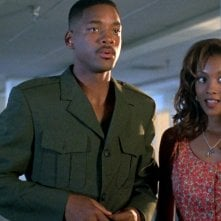Independence Day: Vivica A. Fox e Will Smith in una scena del film