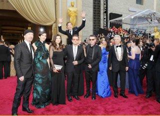Oscar 2014: il photobombing di Benedict Cumberbatch ai danni degli U2