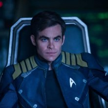 Star Trek Beyond: Chris Pine in una scena del film