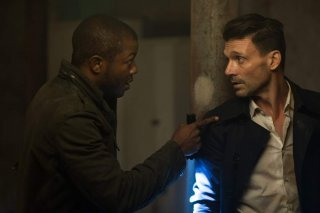 La notte del giudizio - Election Year: Frank Grillo ed Edwin Hodge in una scena del film