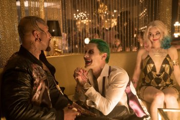 Suicide Squad: Jared Leto e Margot Robbie in una foto del film
