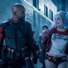Suicide Squad: Margot Robbie e Will Smith in una scena del film