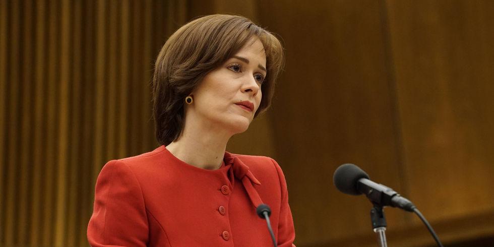American Crime Story: Sarah Paulson in una scena della prima stagione