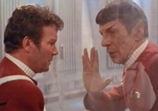 Star Trek II: L'ira di Khan - William Shatner e Leonard Nimoy in un momento del film