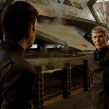 Star Trek: Zachary Quinto e Leonard Nimoy in una scena del film
