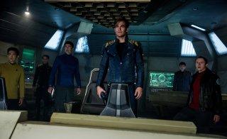 Star Trek Beyond: i protagonisti del film in una foto del lungometraggio