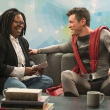 The Tick: Whoopi Goldberg in una foto della serie